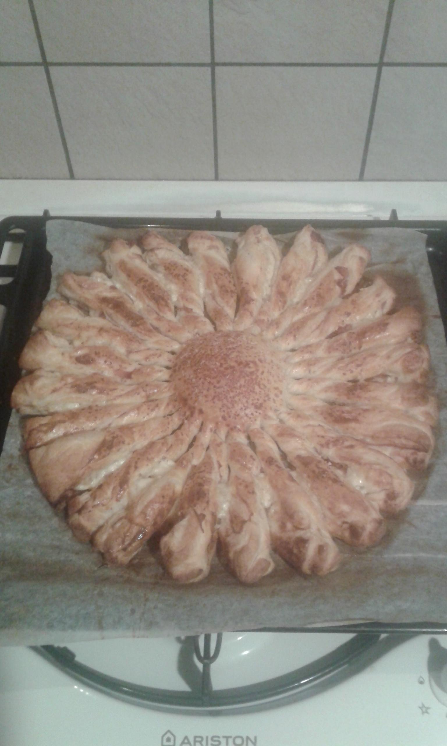 Torta salata edamer e speck